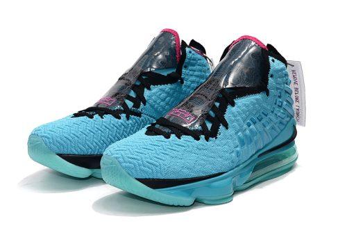 کفش بسکتبال لبرون